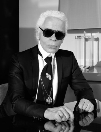 549642ce11e3c_-_hbz-april-karl-lagerfeld-1-xln