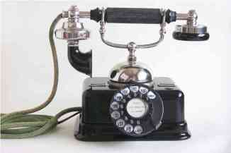 This is a JoJo phone 1888