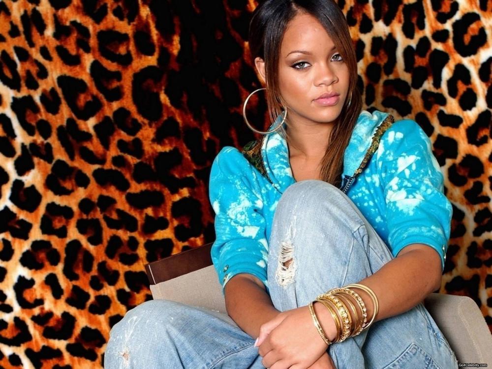 RihannaJoJo
