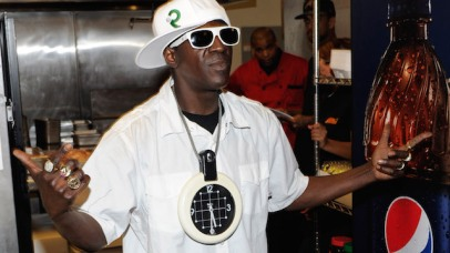 LAS VEGAS, NV - MARCH 14: Rapper Flavor Flav during the official grand opening of the Flavor Flav House of Flavor Take Out Restaurant on March 15, 2012 in Las Vegas, Nevada. (Photo by Ethan Miller/Getty Images)