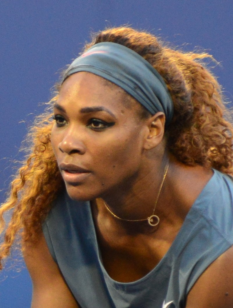800px-Serena_Williams_at_2013_US_Open
